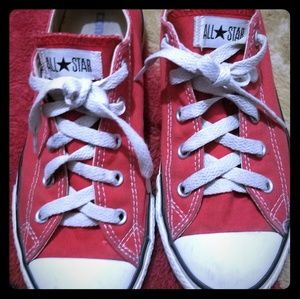 Unisex Low Top Red Converse